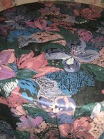 Gyönyörű  színvilágú vintage sötétítő függöny
