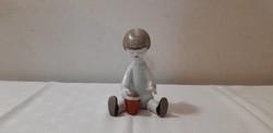 Hollóházi porcelán art deco homokozó kislány