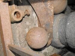 Eredeti Antik középkori ágyú golyó 10cm öntöttvas ágyúgolyó