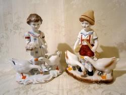2 db nagyon szép libákat őrző gyerek, libapásztor lány és fiú Arpo és Regal porcelán