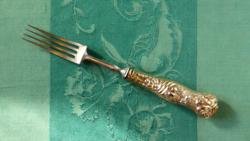 Különleges villa, acél, gazdagon díszített, aranyozott ezüstlemez-borítású nyéllel, 1880-90-es évek