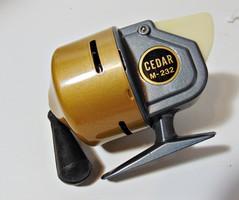 Régi japán horgász orsó Cedar M 232 sosem használt eredeti dobozban