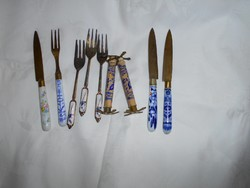 7 db Antik porcelán nyéllel  tálaló  eszköz