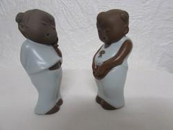 Jelzett Kinai porcelan figurak