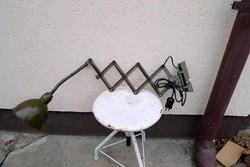 Katonai gégecsöves ollós, harmonika lámpa - működik