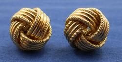 Szép kidolgozású fonott arany fülbevaló