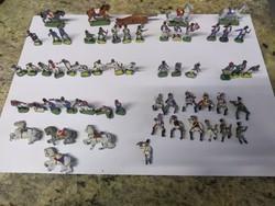 Antik mini ólom katonák, nem laposak