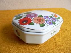Kalocsai porcelán doboz,bonbonier