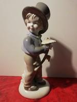 Kisfiú virággal - gyönyörű német porcelán ( 20 cm magas ! )