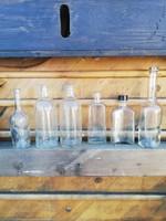 Üveg palackok