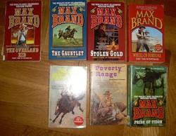 12 db paperback cowboy-western regény angol nyelven Max Brand stb.