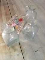 3 darab Gyönyörű  vastag üveg - váza - gyógyszeres patikus fújt