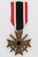 Német második világháborús Háborús Érdemkereszt - Kriegsverdienstkreuz 2. Klasse EREDETI