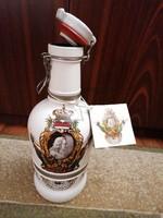 Limitált szériás, két literes, festett, csatos sörös palack, eredeti címkéve. Ritkaság!