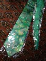 Zöld arany pasztell színű selyem nyakkendő hand painted silk tie