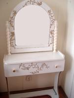F_047 Nagyon szép, egyedi tükrös fésülködő asztal