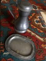 Zinn fedeles kancsó antik ezüstözött zinn tálcával