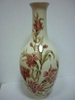 Zsolnay virág mintás váza