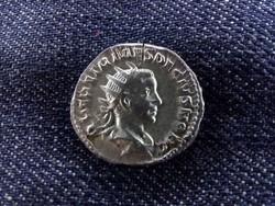 Traianus Decius ezüst Antoninianus PIETAS AVGG 250-251 / id 6090/
