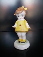 Szép festésű bodrogkeresztúri katicás kislány