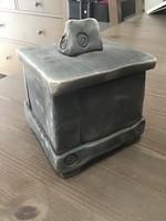 Kézműves raku kerámia fedeles doboz