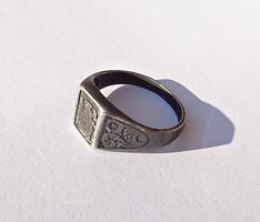 Régi 925-ös vésett mintás pecsétgyűrű