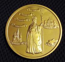 65 mm-es aranyozott fém Mindszenty József Bíboros Hercegprímás 1892-1975  emlékérme.