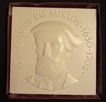 14,5 cm-es M. Tótfalusi Kis Miklós 1650-1702 certifikációval, sorszámozott fehér emlék plakett