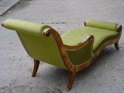 Art  Deco  szofa