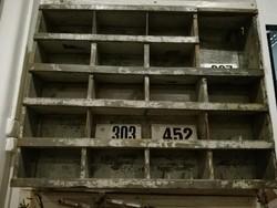 Szelektáló szekrény, polc, szerszám tároló, loft, vintage