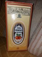 Butélia eredeti csomagolásban 2 snapszos pohárkával