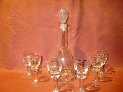 Szőlőfürt mintás butella és 6 kis talpas likőrös üveg pohár, likőrös-pálinkás készlet