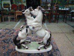 Bécsi porcelán.