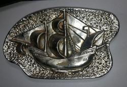 Ezüst színű hajós falidísz Személyes átadás Budapest XV.kerület