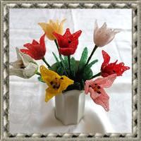 1 szál gyöngyből készített tulipán több színben GYV26-3