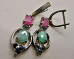 Szép kézműves ezüst fülbevaló valódi rubin,smaragd,zafír