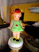 Katicás kislány Bodrogkeresztúri kerámia