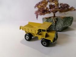 Matchbox No.28 Superfast Dump Truck