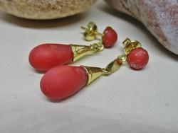 Csodaszép antik arany fülbevaló valódi korallokkal