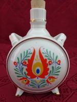 Drasche porcelán kulacs, népművészeti mintával, átmérője 8 cm.
