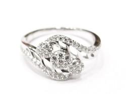 Ezüst női gyűrű (Szeg-Ag84949)