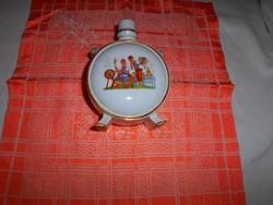 Porcelán kulacs (Kőbányai porcelángyár)