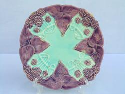 Majolika tányér 3