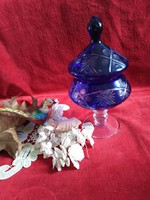 Kristály talpas fedeles kínáló, kék kristály bonbonier pici hibával