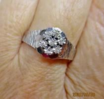 Csodálatos antik fehér arany gyűrű gyémántokkal
