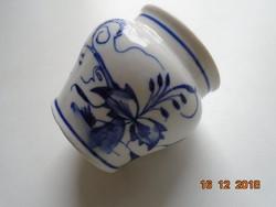 18 sz.Meisseni kézzel festett kobaltkék  hagyma mintás mártásos csésze