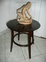 Nagyon szép kis méretű antik Thonet asztalka maximálisan stabil állapotban