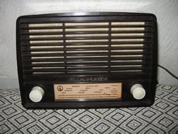 Antik  , csöves  rádió     Minorette    A 201     NDK 1958.