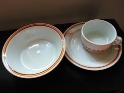 Barna csíkos alföldi porcelánok 3 db