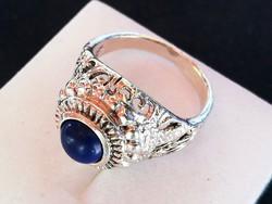 Ezüst gyűrű kék színű kővel
